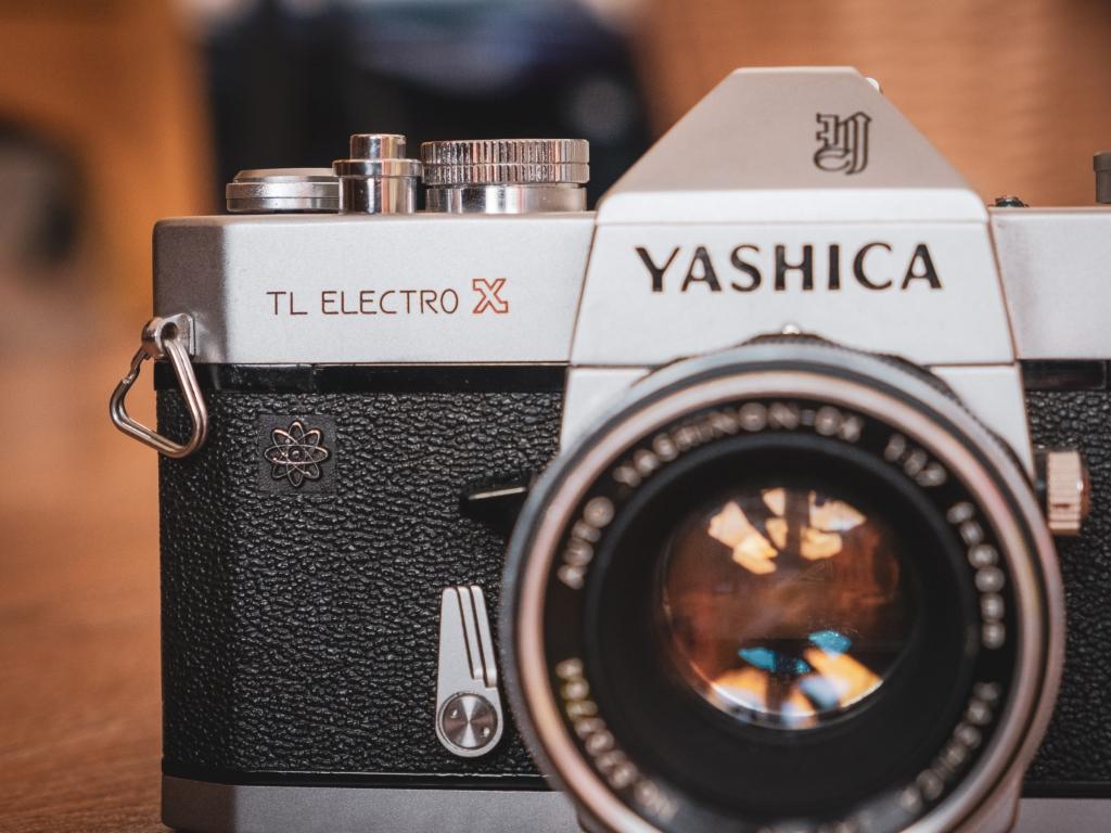 Yashica TL Electro-X