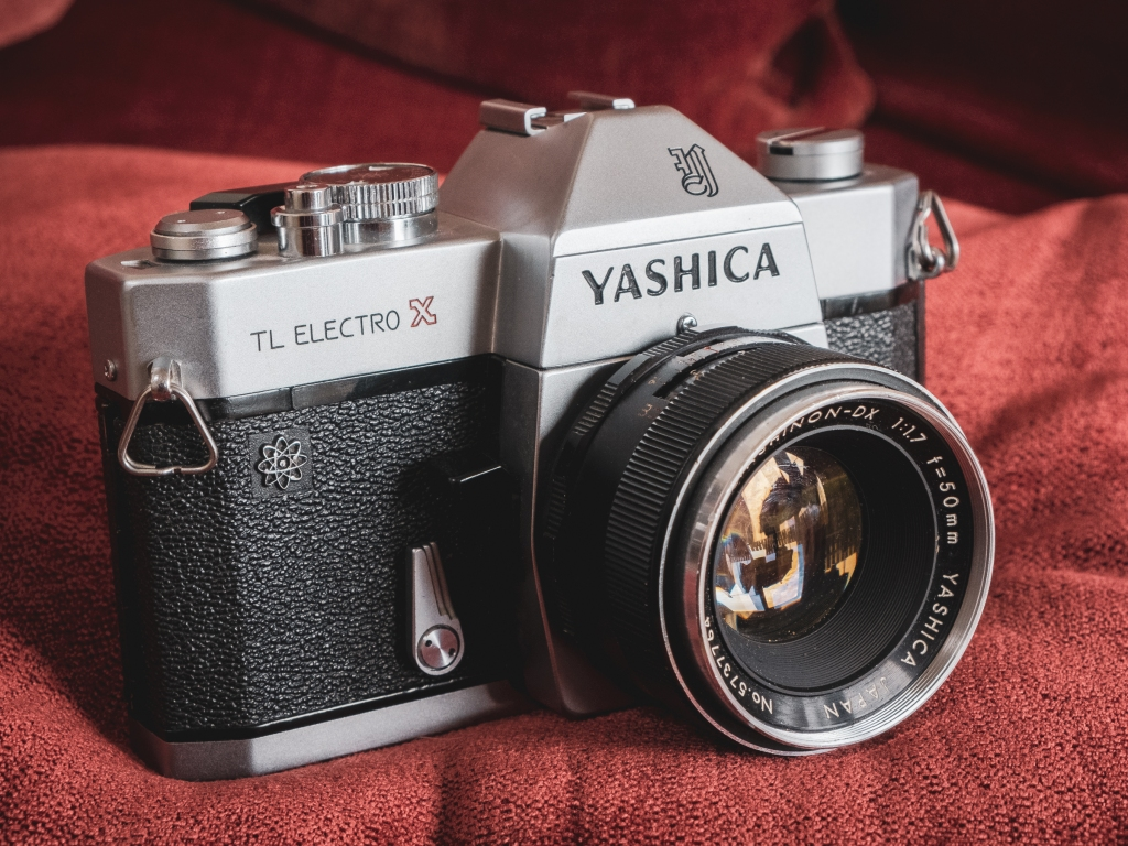 Yashica TL Electro-X camera